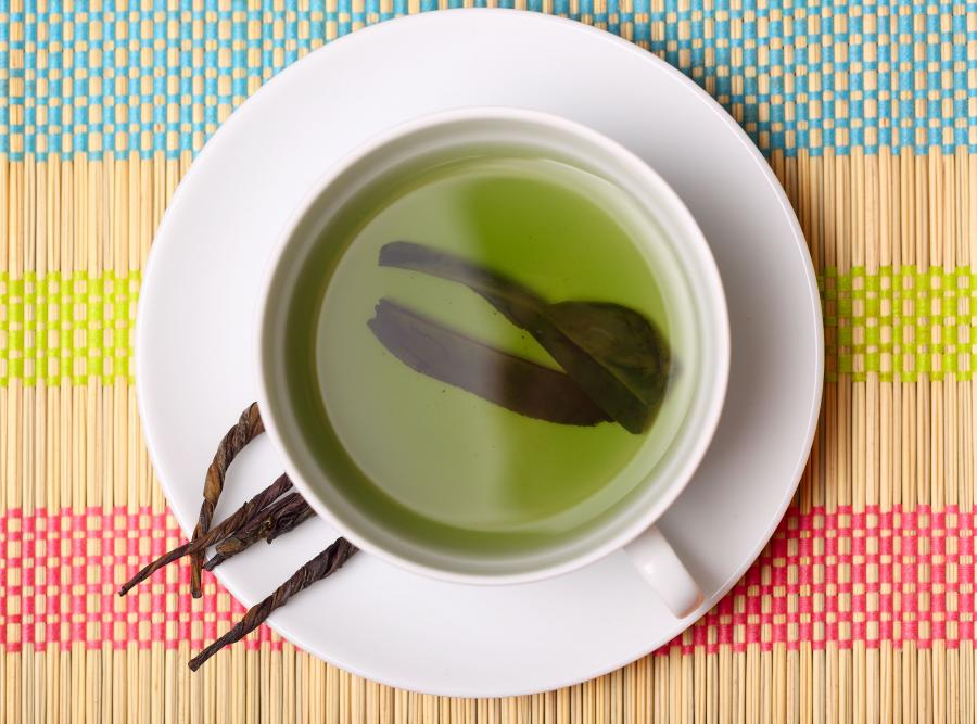 Zielona herbata pomaga seniorom zachować sprawność fizyczną i umysłową