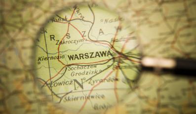 Mapa Polski z zaznaczoną Warszawą