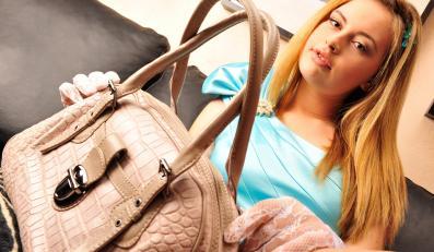 Duża torebka może utrudniach odchudzanie