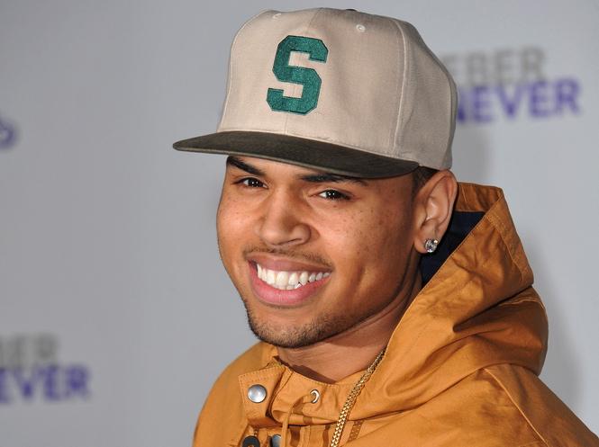 Chris Brown dopiero latem