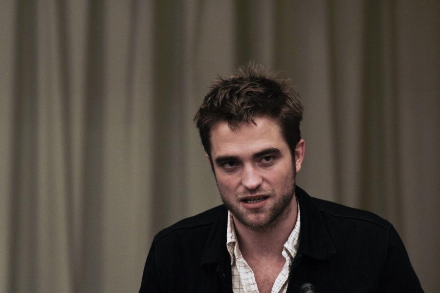 Robert Pattinson za mało napakowany