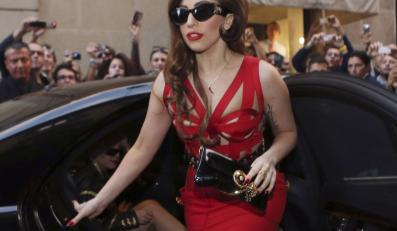 Versace zadba o nowy wizerunek Lady GaGi?