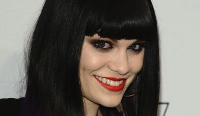 """Jessie J naga w klipie do """"Silver Lining (Crazy 'Bout You)"""""""