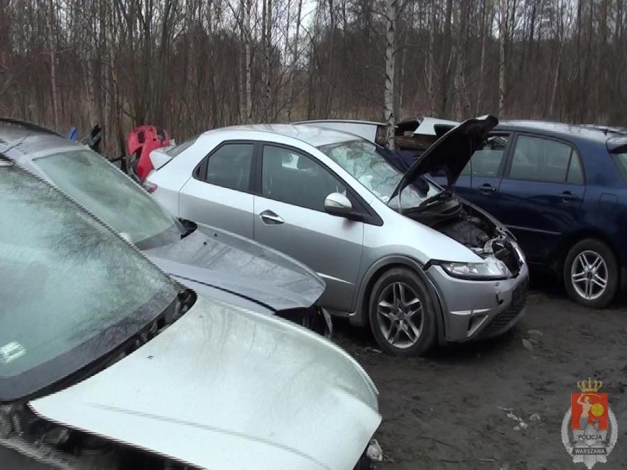 Gang polskich złodziei rozbity. Ukradli w Austrii tysiąc aut