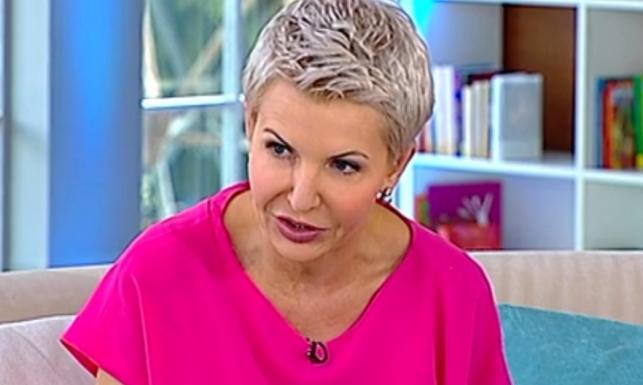 Wzór niegodny naśladowania: nieruchomiejąca twarz Joanny Racewicz