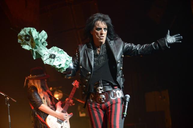 Alice Cooper podczas koncertu w Los Angeles – czerwiec 2013 roku