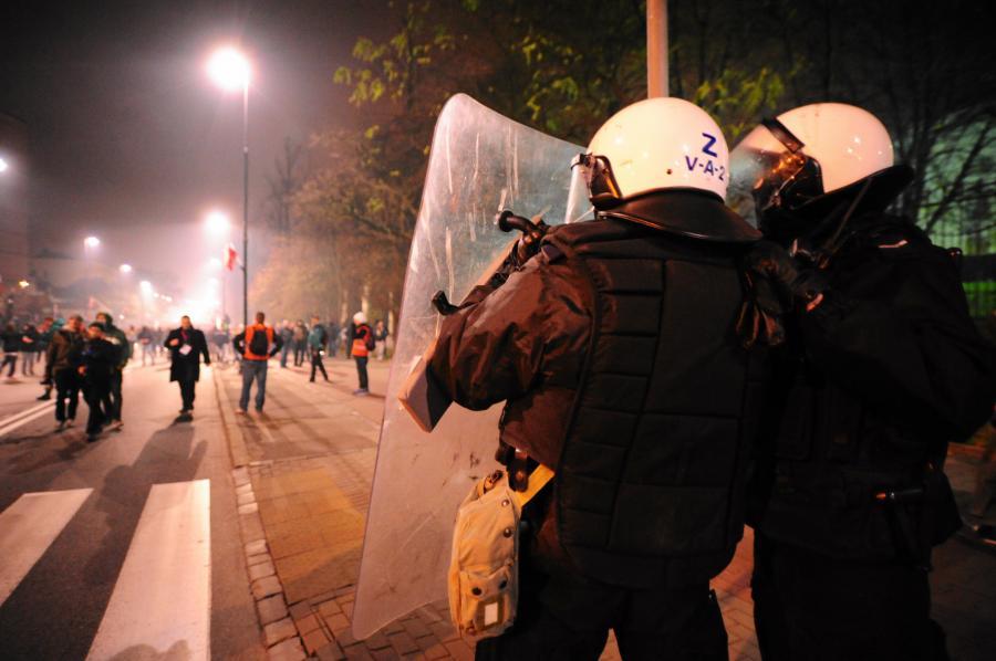 Policjanci w czasie Marszu Niepodległości