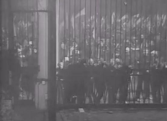 Nagranie z monitoringu rosyjskiej ambasady