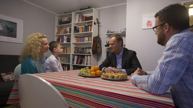Donald Tusk z witytą u państwa Sochockich