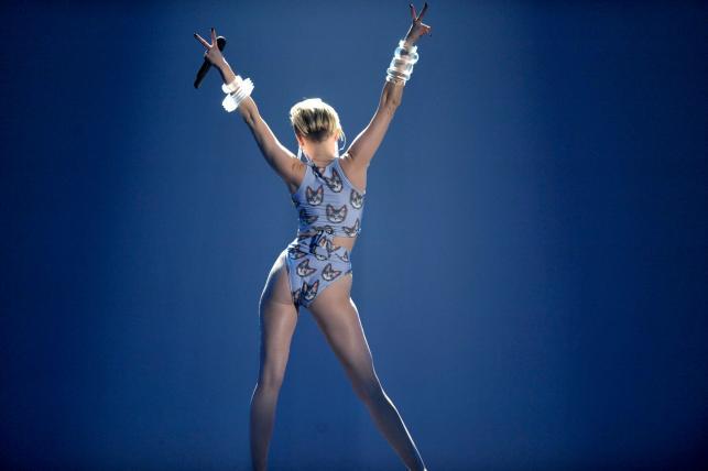 Miley Cyrus na gali American Music Awards –24 listopada 2013