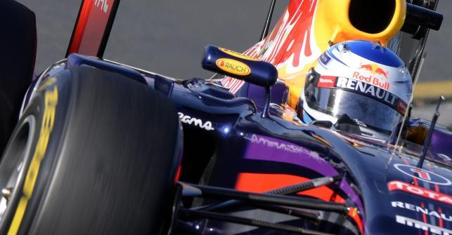 4. Sebastian Vettel (Red Bull Renault) 1.30,381 (41)