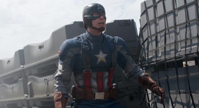 """3. """"Kapitan Ameryka: Zimowy żołnierz"""" <br> Całkowity przychód: 260 mln dol. Weekend otwarcia: 95 mln dol"""