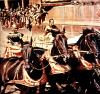 "Charlton Heston i Stephen Boyd w legendarnym filmie ""Ben Hur"" Williama Wylera z 1959 roku"