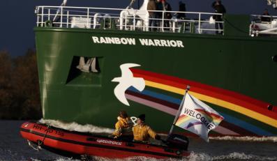 Statek Tęczowy Wojownik, używany przez Greenpeace