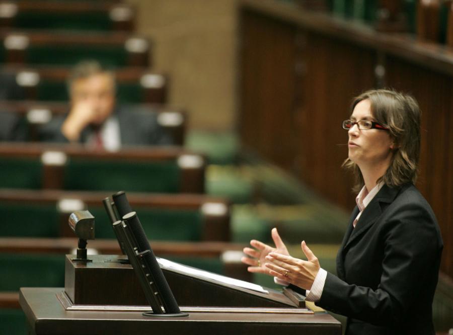 Rząd: Nie zwalniamy tempa wchodzenia do euro