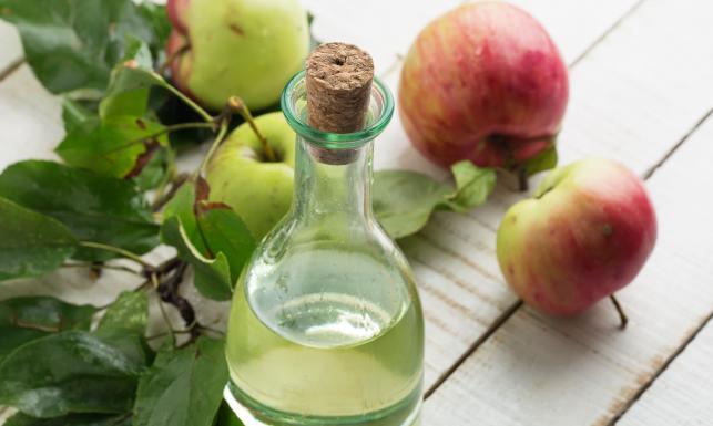 Ocet jabłkowy - zdrowotne MUST HAVE