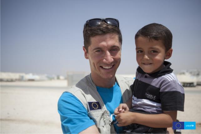 Robert Lewandowski użyczył swojego głosu dziecku z Syrii