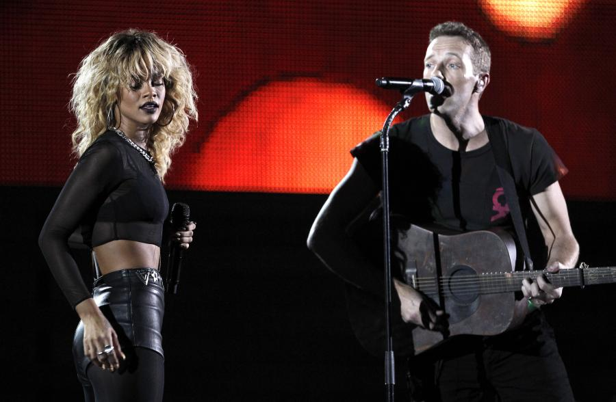 Rihanna i Coldplay podczas występu na Grammy Awards 2012