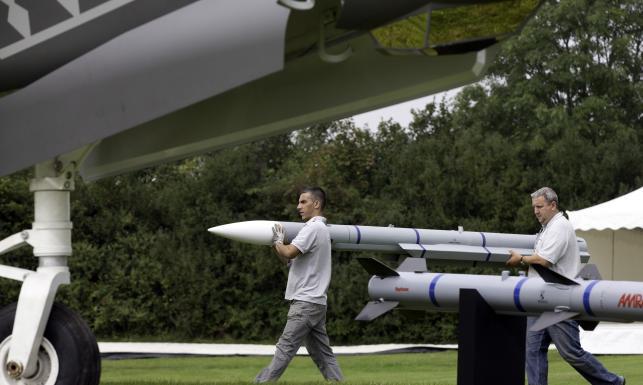 Rakiety, myśliwce i transportery na szczycie NATO. Tak Sojusz chroni się przed islamistami. ZDJĘCIA