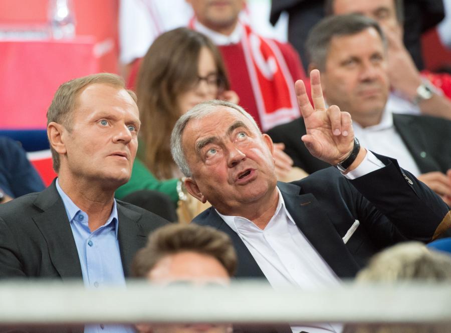 Donald Tusk nie przyniósł szczęścia siatkarzom. Polacy przegrali z USA