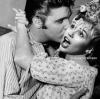 Elvis Presley też całuje Miley Cyrus