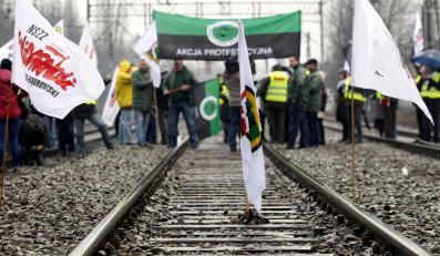 Górnicy zablokowali tory w Katowicach