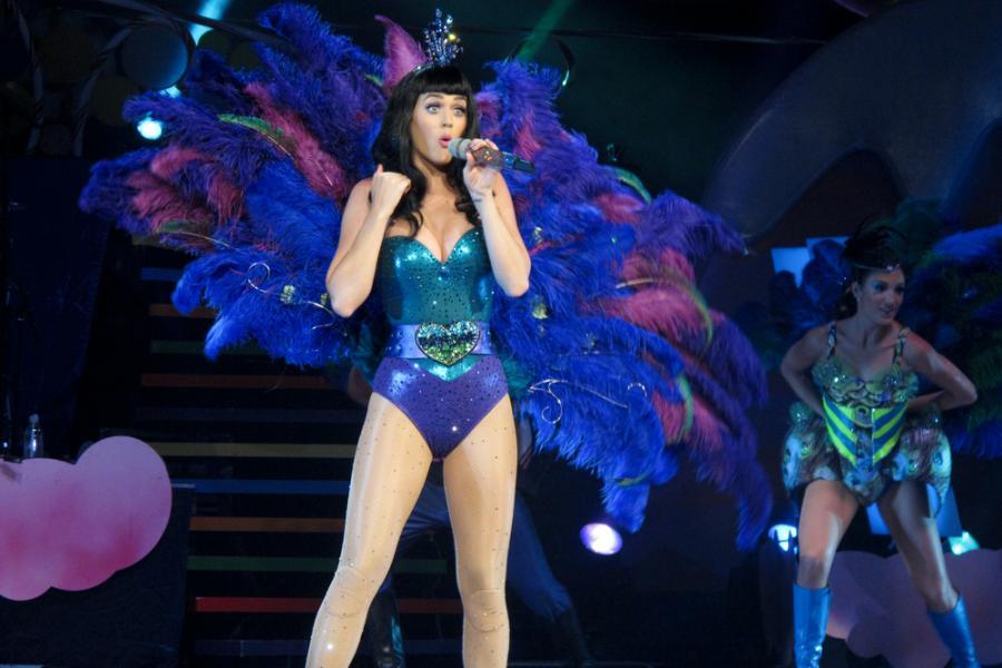 Katy Perry ma problemy z kolanami