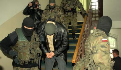 Oskarżeni o zbrodnię wojenną żołnierze nie wyjdą z aresztu na święta