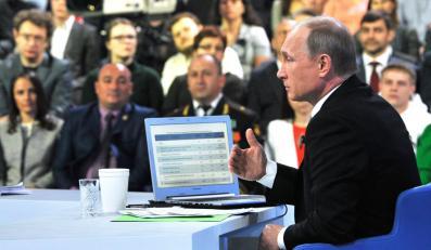 """Władimir Putin w czasie programu """"Gorąca linia"""""""