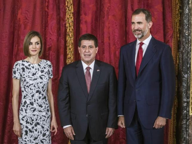 Królowa Letizia, król Filip VI i prezydent Paragwaju Horacio Cartes