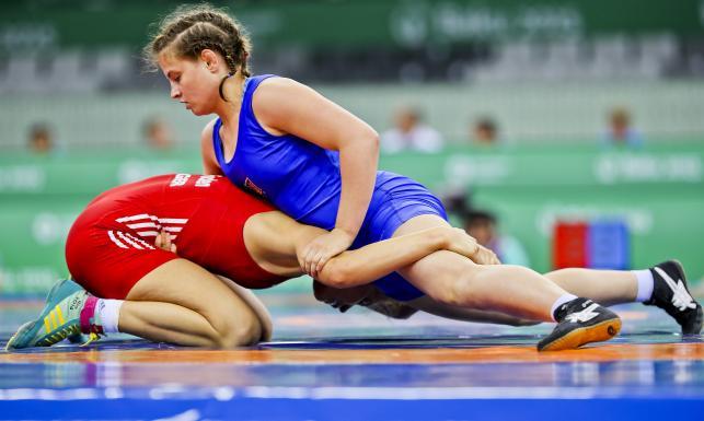 One walki nie unikają. Zapaśniczki rywalizują o medale w Baku. ZDJĘCIA