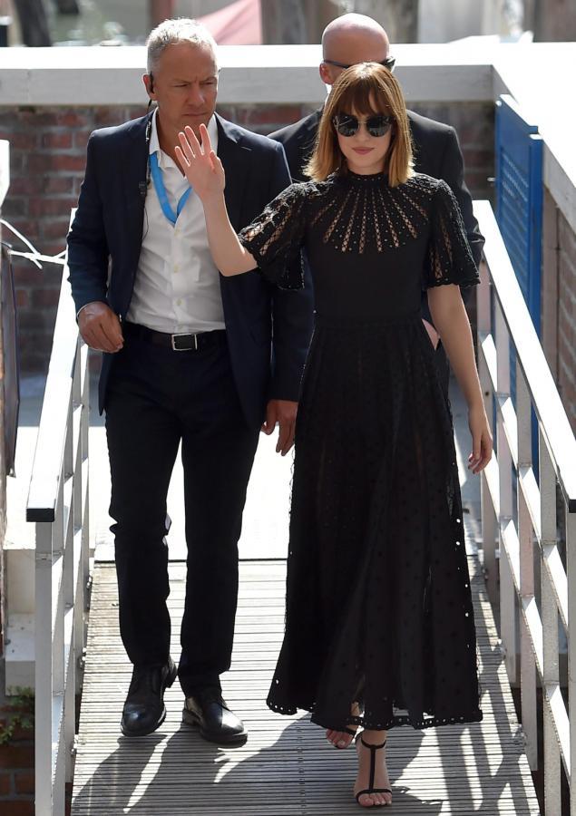 Dakota Johnson na festiwalu w Wenecji