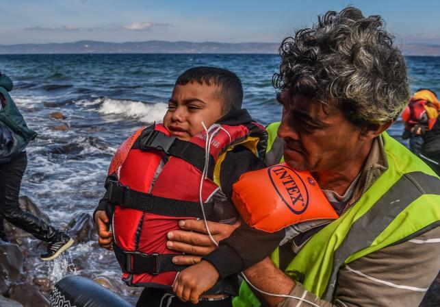 Uchodźcy z Afganistanu u wybrzeży wyspy Lesbos