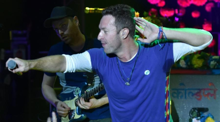 "Coldplay promuje album  ""A Head Full of Dreams"""