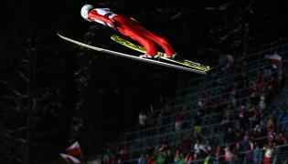 Kamil Stoch podczas treningu przed jutrzejszymi zawodami Pucharu Świata w skokach narciarskich w Zakopanem,