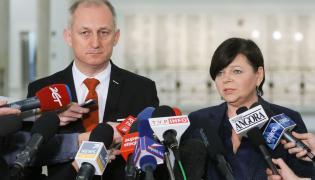 Przewodniczący klubu Platformy Obywatelskiej Sławomir Neumann oraz posłanka PO Izabela Leszczyna