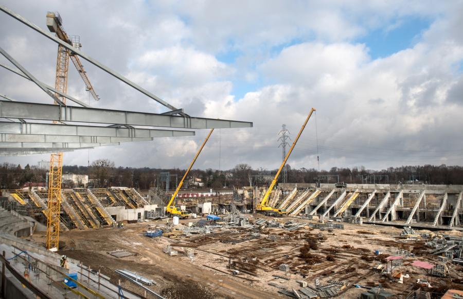 Tu na razie jest ściernisko... Zobacz, jak powstaje nowy stadion Widzewa Łódź