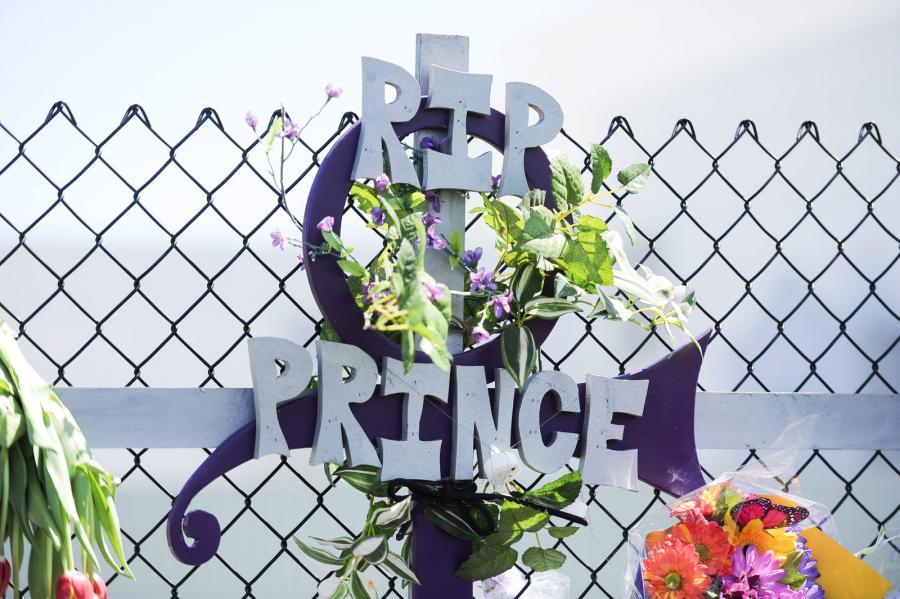 Fani żegnają Prince\'a