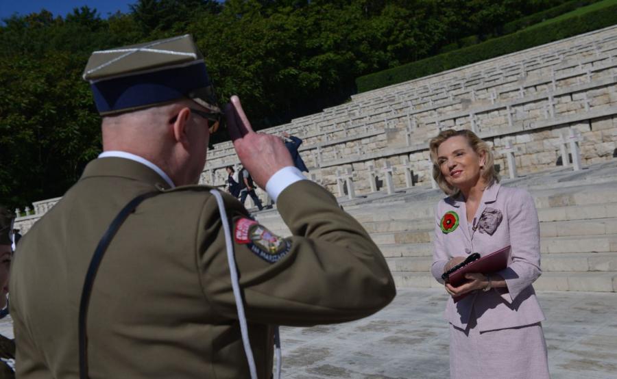 Pełnomocnik rządu ds. dialogu międzynarodowego, senator PiS Anna Maria Anders na Monte Cassino