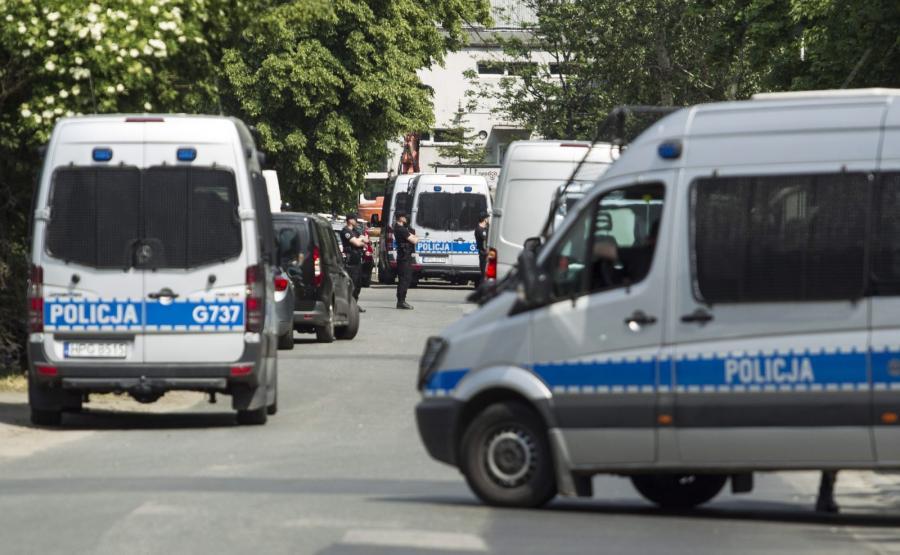 Policja przy ulicy Klimasa we Wrocławiu