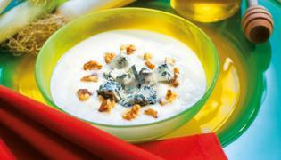 Zupa z porem, ziemniakami i serem gorgonzola