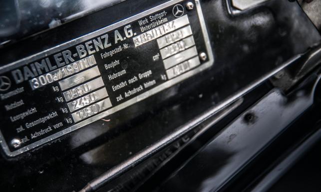 Mercedes 300d Adenauer wart fortunę odnaleziony. A jeździł nim Gierek, Cyrankiewicz i Gomułka