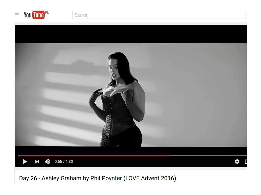 Ashley Graham love advent 2016
