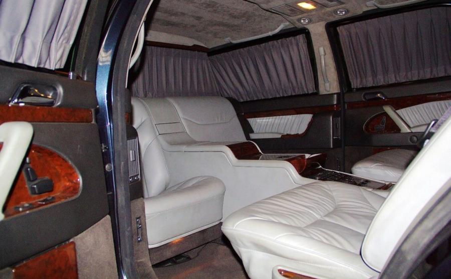 Mercedes S 600 pullman guard, którym miał podróżować Putin