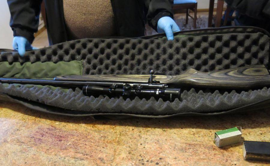 U jednego z zatrzymanych znaleziono nielegalną broń i...
