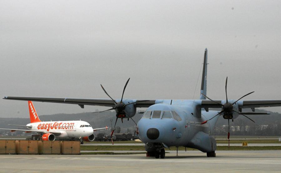 CASA na lotnisku w Balicach